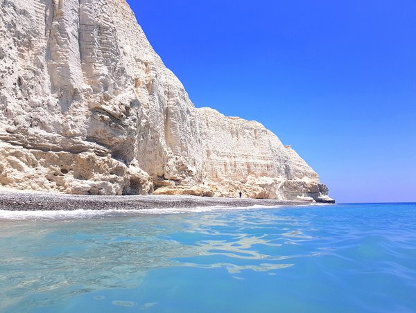Cape-Aspro-Pissouri-Bay-03.jpg