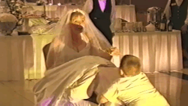 funny-kids-at-weddings-24-59c22f9a416cb-700.gif