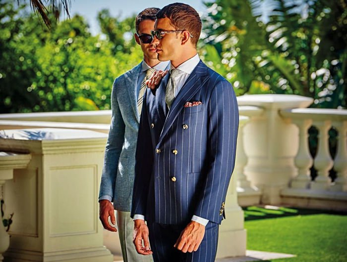 men-kissing-ad-suitsupply-2018-spring-summer-campaign-2-5a95101e23dae-700.jpg